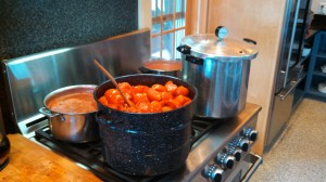 Cooking  5 Gallons of Tomatoes